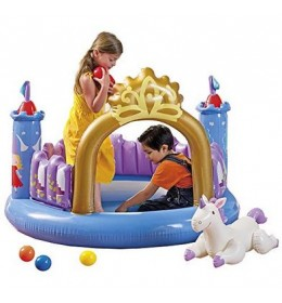 Magicni zamak sa lopticama