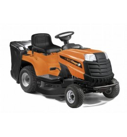 Benzisnki traktor za košenje trave Villager VT 840