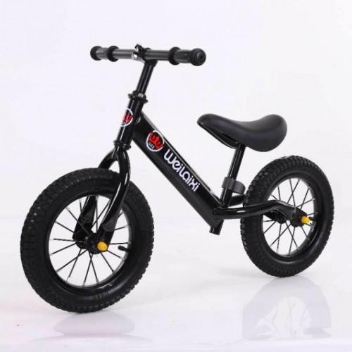 Bicikl bez pedala 760 Crna