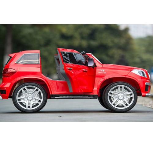 Automobil na akumulator model 228 Mercedes GL63 crveni