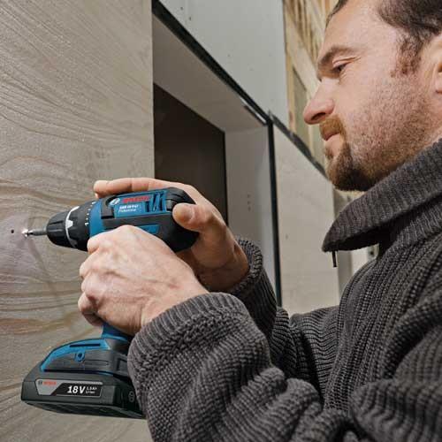 Bosch akumulatorska bušilica GSR 18 V-Li