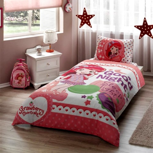 Dečija posteljina Disney Strawberry shortcake good night