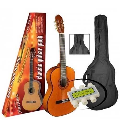 Akustična gitara  sa torbom Antonio Martinez veličina 1/2