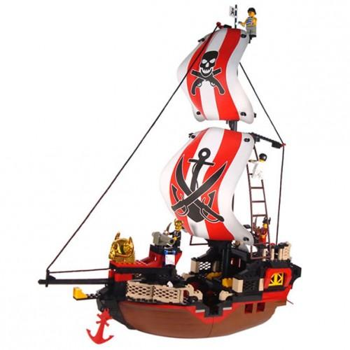 Sluban kocke piratski brod