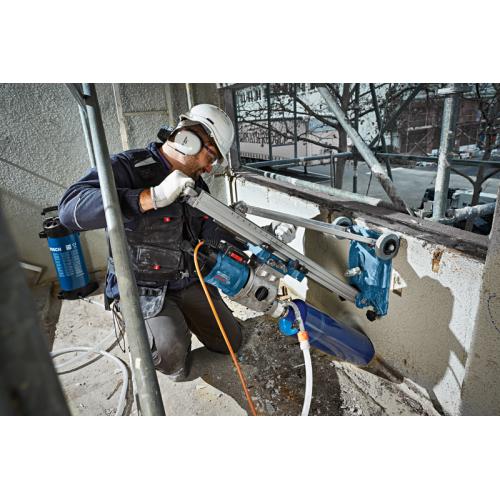 Bušilica za bušenje dijamantskim krunama Bosch GDB 180 WE Professional + Stalak Bosch GCR 180 Professional
