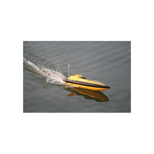 Brod na daljinski Tracer 2