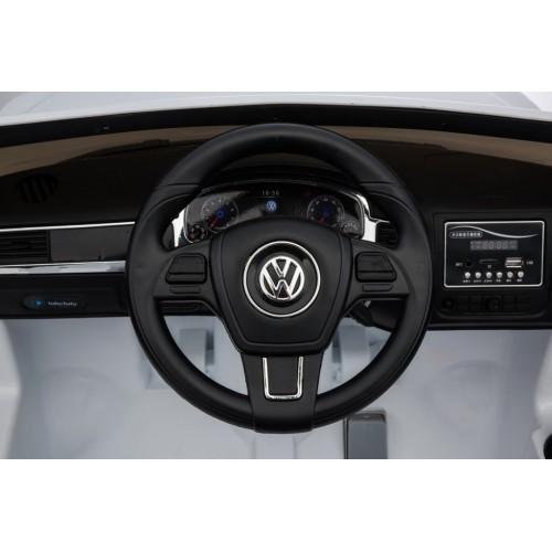 Auto na akumulator Volkswagen Touareg Licencirani sa kožnim sedištem i mekim gumama - Beli