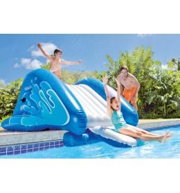 Tobogan na naduvavanje za bazene