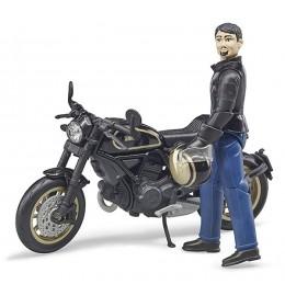 Motor Ducati Cafe Racer sa vozačem Bruder