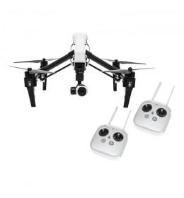 Dron Inspire 1 sa dva daljinska upravljaća