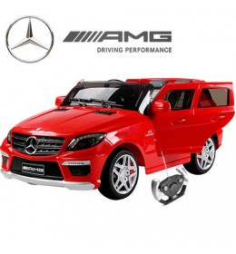 Džip Mercedes ML63 AMG sa silikonskim gumama crveni